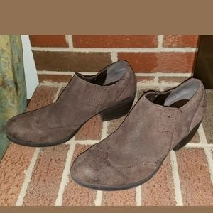 KORKS-EASE ANKLE BOOTIES